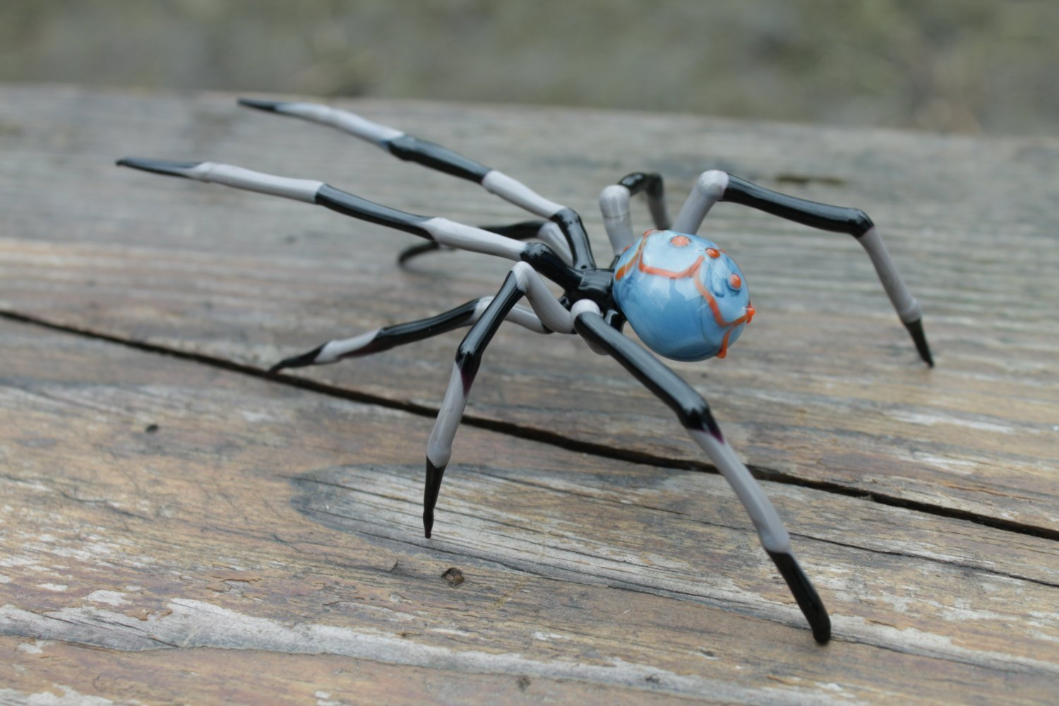 Hand-Blown Glass Spider Collectible Figurine, Glass Spider Figurine,Glass Insect, Blown Glass Spider, Spider halloween