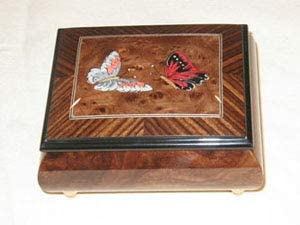 Made in Italy Sorrento Butterflies jewerly Music Box - Impossible Dream (Sankyo 18 Note)