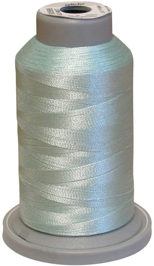 Glide Thread Trilobal Polyester No. 40-1000m Spool - 60566 Pale Mist