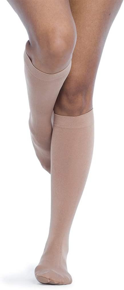 SIGVARIS Women's Style Soft Opaque 840 Closed Toe Calf-High Socks 15-20mmHg