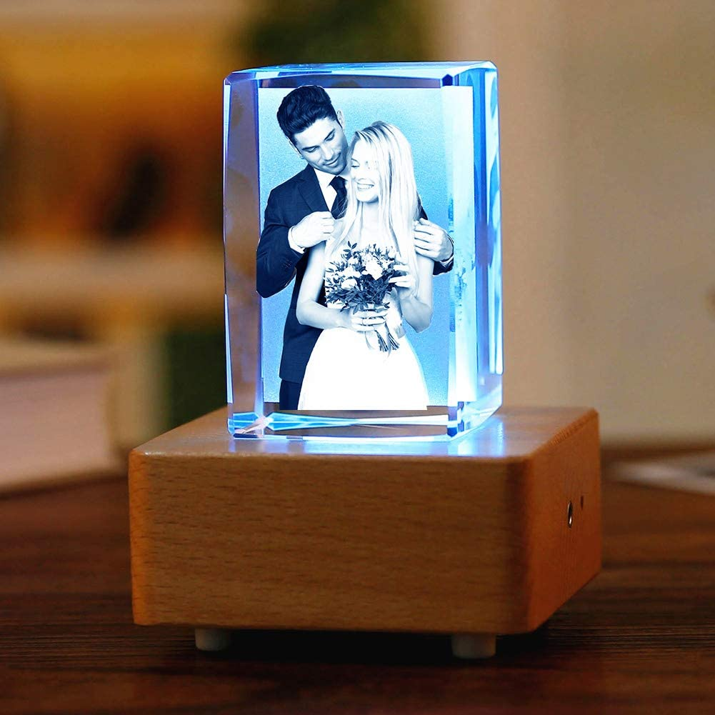 Personalized Crystal Glass Customized Laser Engraving Photos, with Colorful LED Bluetooth Music Box Base Night Light, Used for Anniversary, Birthday, Christmas, Wedding Gifts