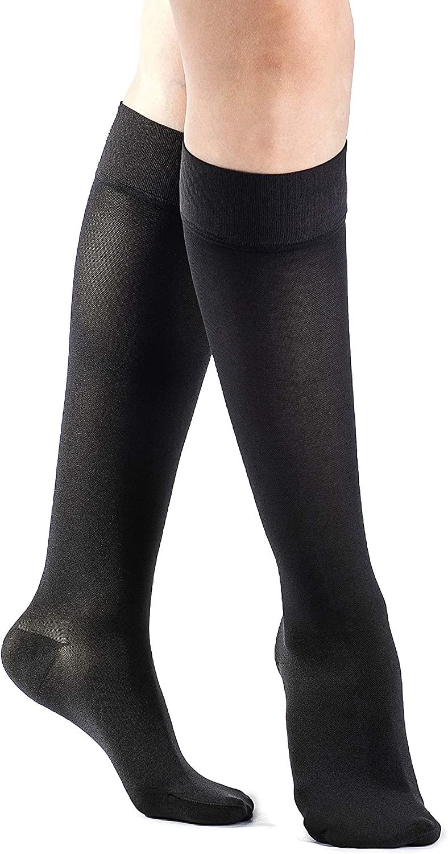SIGVARIS Women's Essential Opaque 860 Closed Toe Calf-High Socks w/Grip Top 20-30mmHg