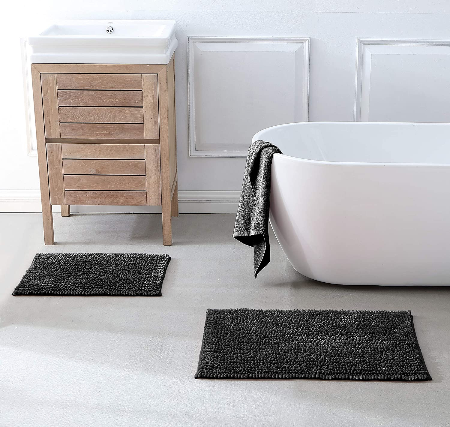 ELBASMT Silky Chenille Bath Rug,Non Slip Bath Mats for Bathroom Extra Soft and Absorbent for Extra Absorbent,Soft Shaggy Bath Mat Comfortable,Machine Washable Black 17 x 24