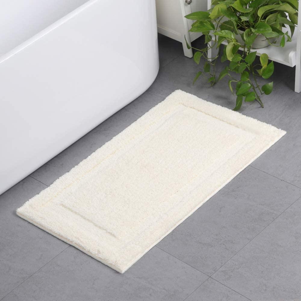 Bath Mat for Bathroom, Non Slip Soft Microfibers Bathroom Rug Shower Mat Floor Carpet Super Absorbent Machine Washable Bath Mats for Tub, Shower, and Bath Room,31.5 X 19.5inch (White)