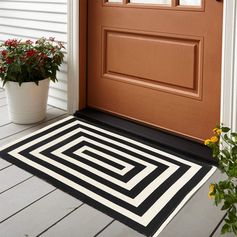 LEEVAN Cotton Doormat 2' x 3'Printed Black and White Strip Area Rug Machine Washable Woven Fabric Porch Outdoor Rug Indoor/Outdoor/Shower Bathroom Non-Slip Doormats