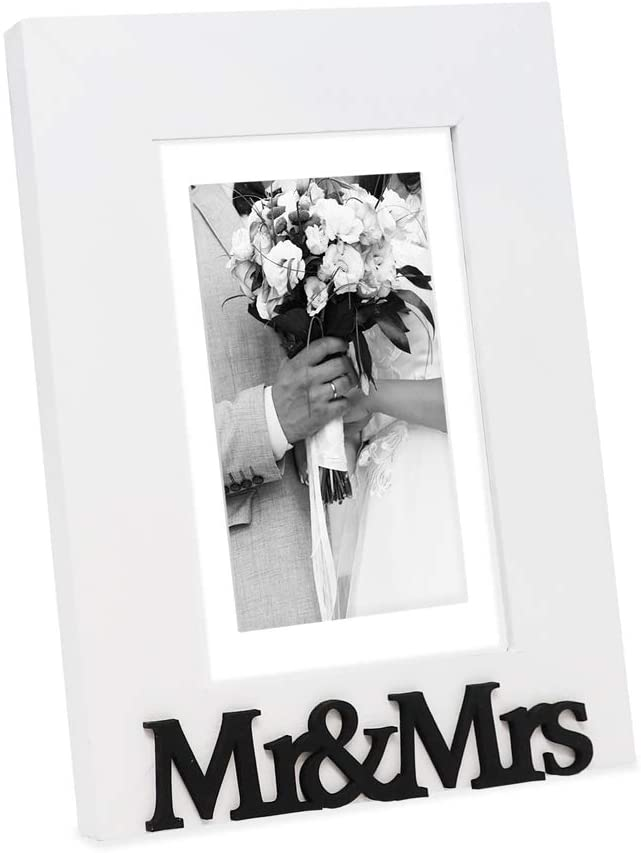 """Isaac Jacobs White Wood Sentiments """"Mr & Mrs"""" Picture Frame, 5x7 inch with Mat, Newlywed Photo Gift for Wedding, Display on Tabletop, Desk (White, 5x7 (Matted 4x6))"""