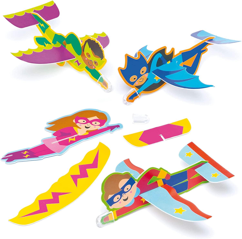 Baker Ross Ltd Star Hero Gliders for Children in 4 Assorted Designs Perfect Party Bag Filler (Pack of 8)