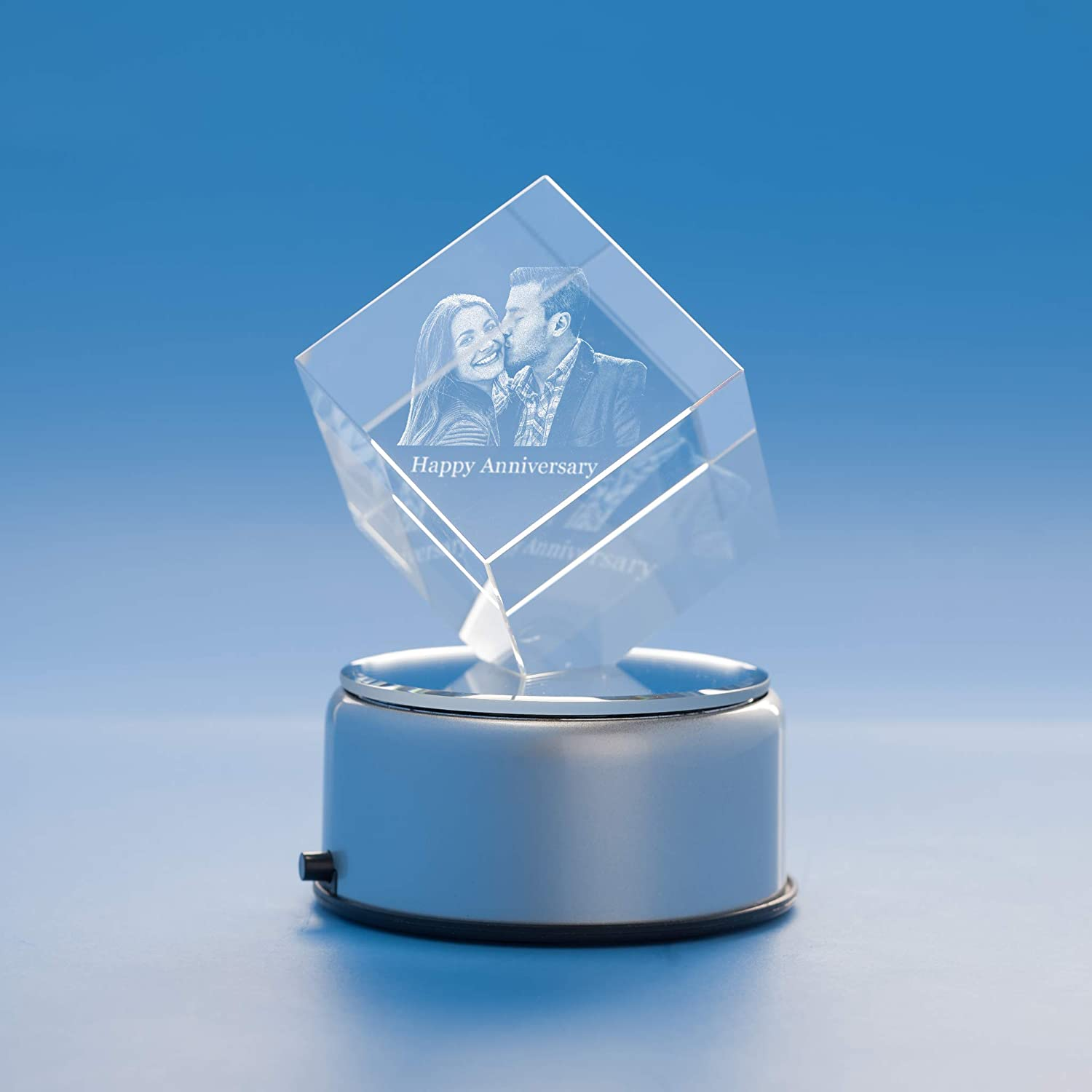 Anniversary Cube Crystal, 3D Engraved - Small with Round Base