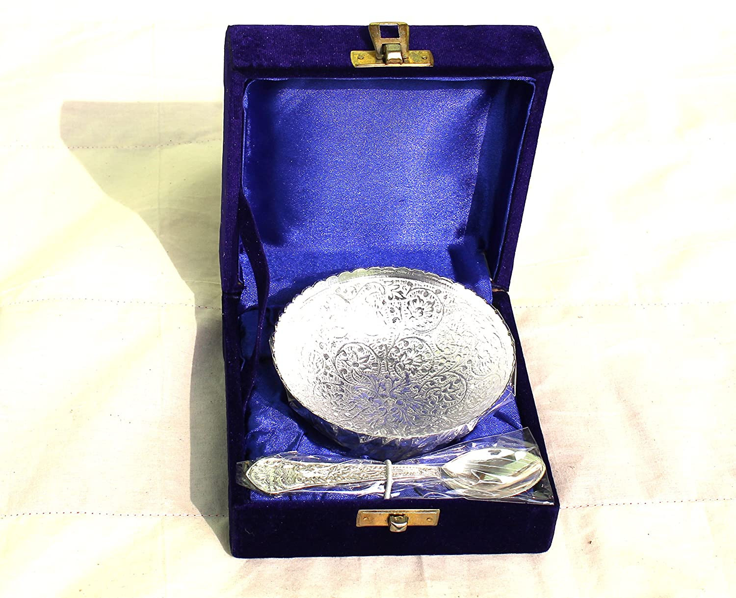 MAITHIL ART Royal Engraving Design with Decorative Gifting Box,Bowl Platter Tray with Spoon Silver Plated Brass (Round Shape Bowel Silver Coated)