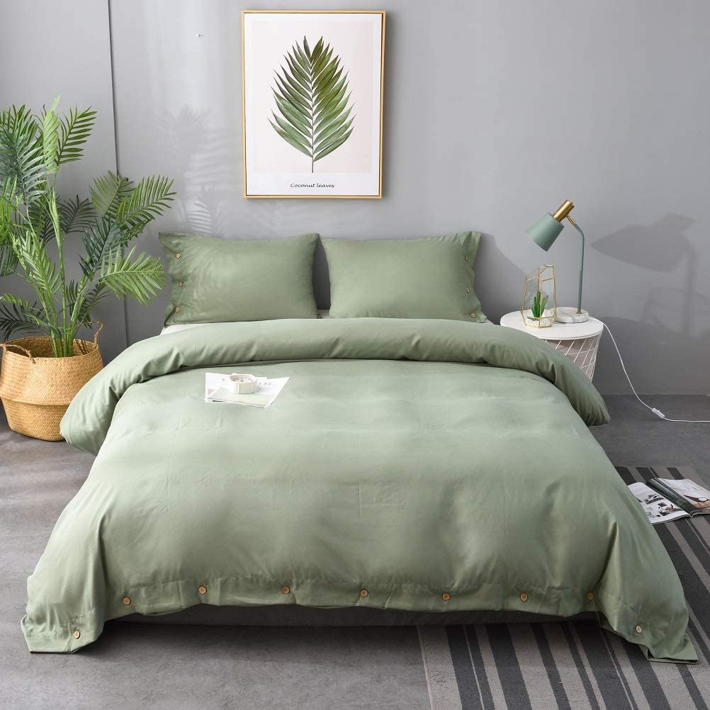 M&Meagle Green Duvet Cover,Solid Color Button Design,100% Microfiber Treated by Washed Cotton Process,Feels Like a Very Soft Cotton-Twin(2Pcs,1 Duvet Cover 1 Pillowcases)