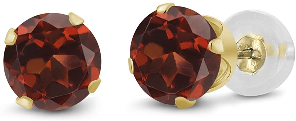 Gem Stone King 14K Yellow Gold Red Garnet Stud Earrings For Women (0.74 Ct Round 4MM)