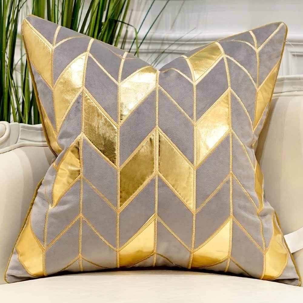 Avigers 18 x 18 Inches Grey Gold Striped Cushion Case Luxury European Throw Pillow Cover Decorative Pillow for Couch Living Room Bedroom Car