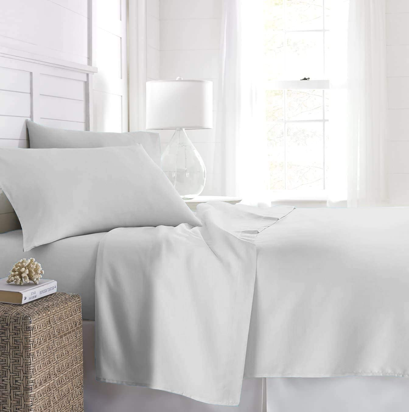 Beckham Hotel Collection Fitted Sheet (2-Pack) - Soft-Brushed Microfiber with Deep Pocket - California King - White