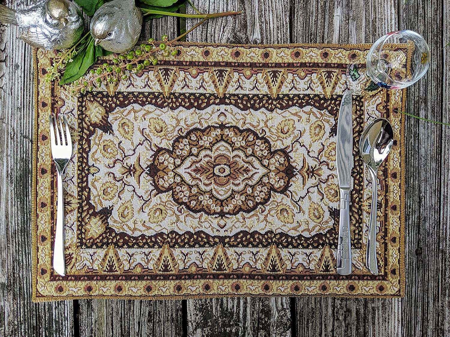 "DaDa Bedding Persian Rug Placemats - Set of 4 Tapestry Intricate Elegant Royal Golden Opulence - Floral Damask Decorative Cotton Linen Woven Dining Table Mats - 13"" x 19"" (18119)"