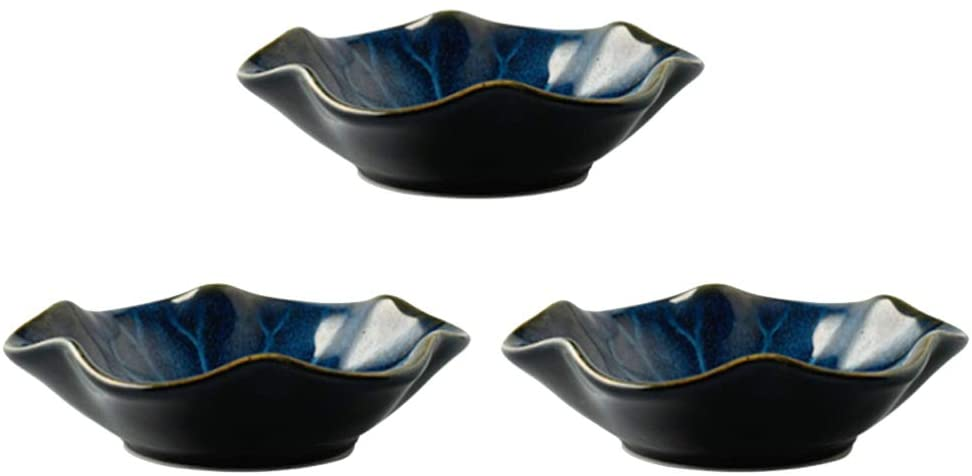 Amosfun 3pcs Japanese Sauce Dishes Seasoning Plate Flower Ceramic Dish Dipping Sauce Bowls for Sauce Vinegar Ketchup Bbq Other Party Plate Supplies(Lotus Gradient Blue)