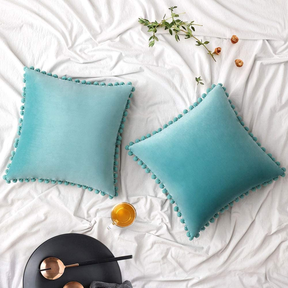Woaboy Velvet Throw Pillow Covers Pom Decorative Pillowcases Solid Soft Square Cushion Covers with Poms Modern for Couch Living Room Sofa Bedroom Car 2 Pieces 24x24inch 60x60cm Teal Green