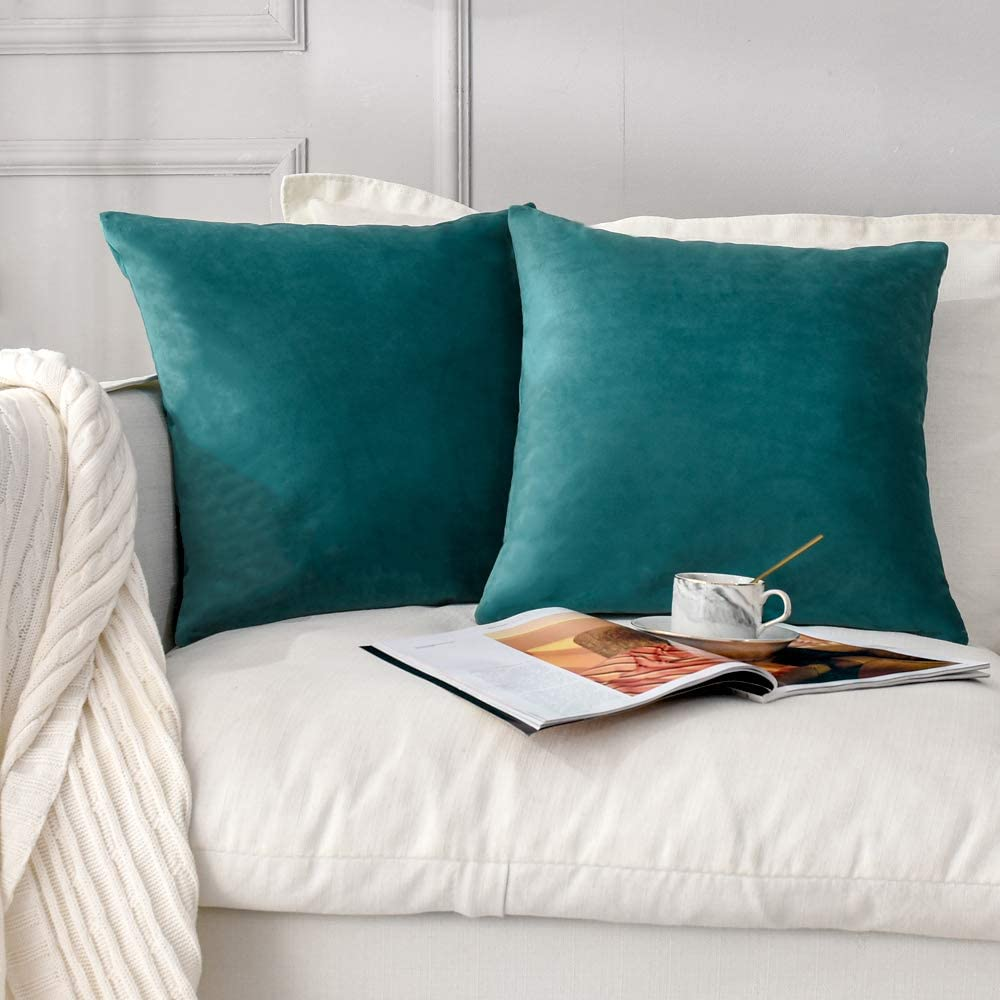 NANPIPER Set of 2 Velvet Soft Decorative Cushion Throw Pillow Covers 18x18 Inch/45x45 cm Cozy Solid Velvet Square Pillowcase Cushion Covers Teal Blue for Couch and Bed