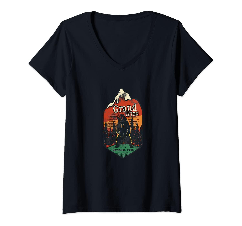 Womens Grand Teton National Park Badge Emblem Camping Wyoming Bears V-Neck T-Shirt