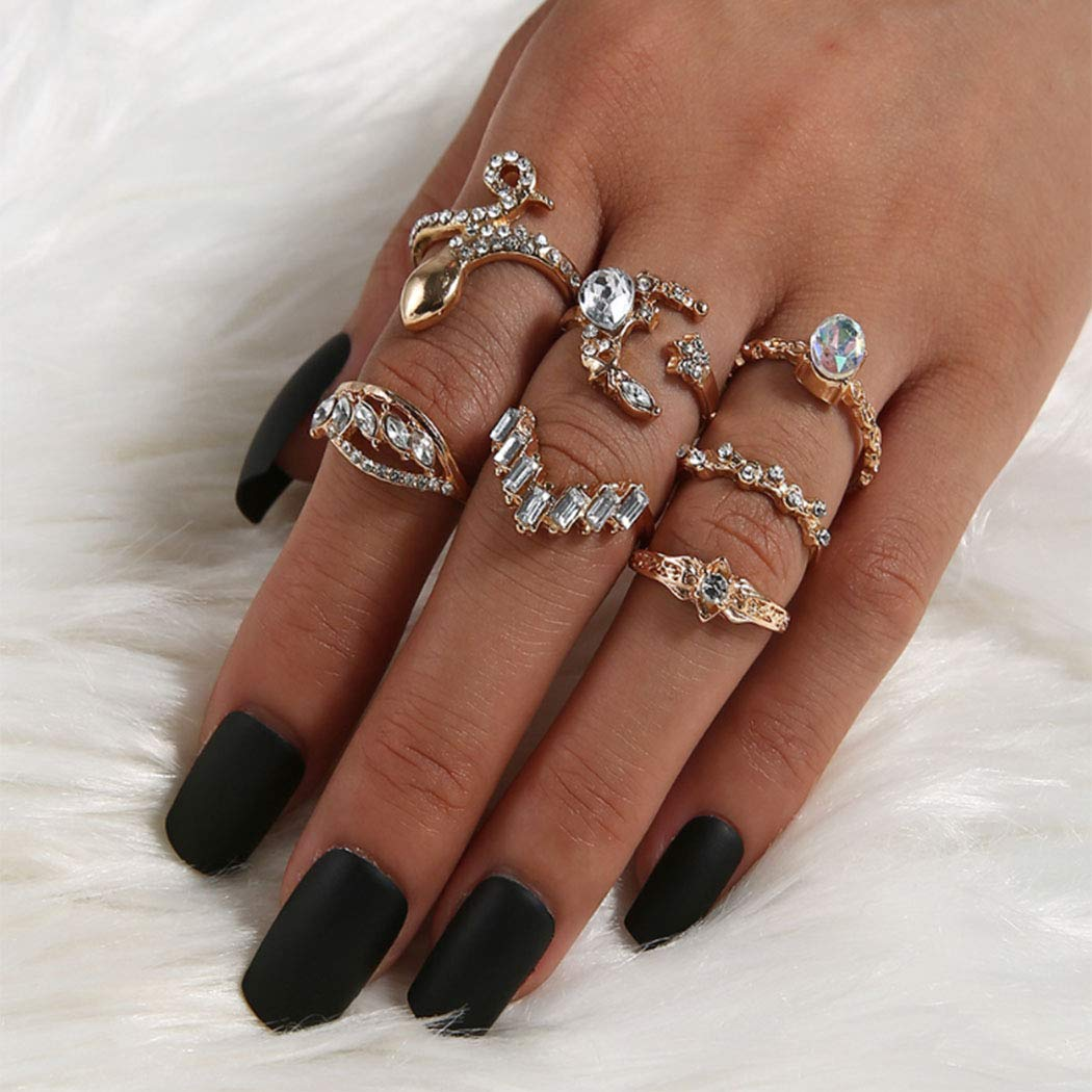 Eappy Boho Crystal Knuckle Rings Gold Stylish Mid Finger Ring Set Geometric Stackable Joint Crystal Jewelry for Women and Girls(7PCS)