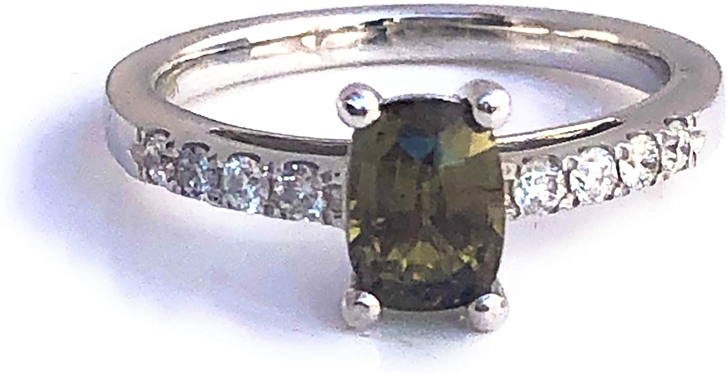 May Design Natural Alexandrite Diamond Ring IGI Certified 1.59 cttw Color Change Green to Purple Size 7