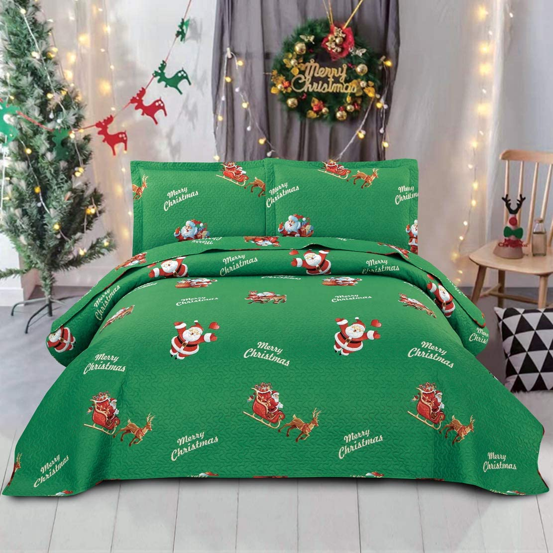 JARSON Green Christmas Quilts Set Lightweight Bedspreads King Size,3Pcs Santa Claus Deer Heart Printed Bedding Reversible Coverlet Pillow Shams New Year's Decoration