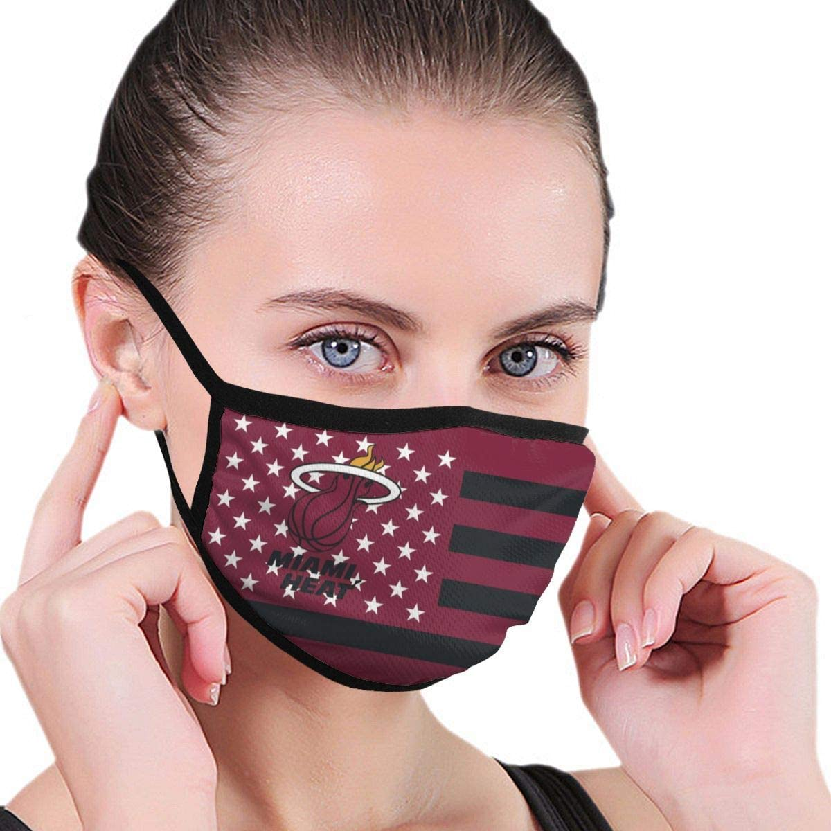 G-III Sports Basketball Team Face Shield Reusable Neck Gaiter Washable Face Covering for Men