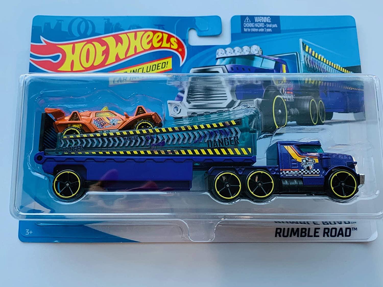 Hot Wheels RumbleRoad Detachable Truck Set with 1:64 Scale car, Purple/Orange