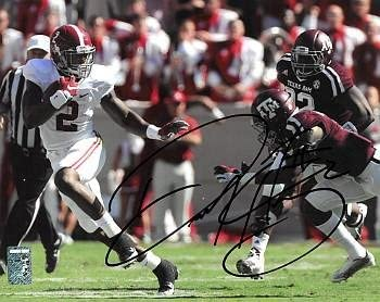 Derrick Henry signed Alabama Crimson Tide 11X14 Photo #2 (color- Heisman pose vs A&M)- Henry Hologram - Autographed College Photos