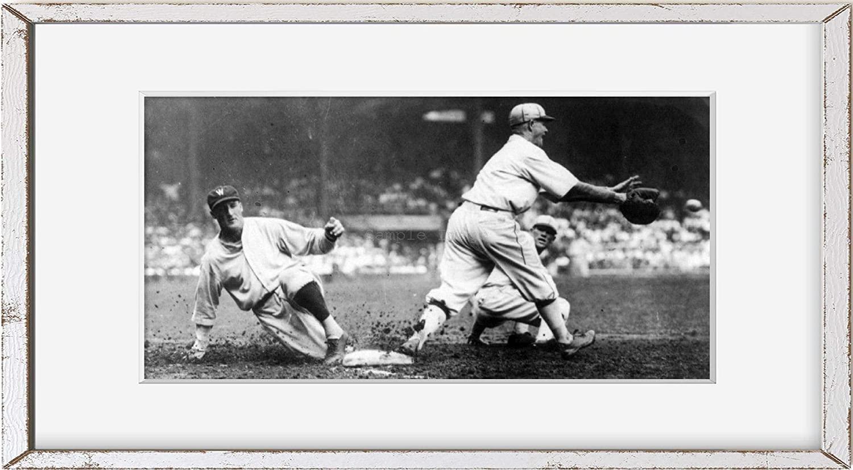 INFINITE PHOTOGRAPHS Photo: Goose Goslin Safe at First Base,Baseball,Red Holt,Washington Senators,1925,Sport