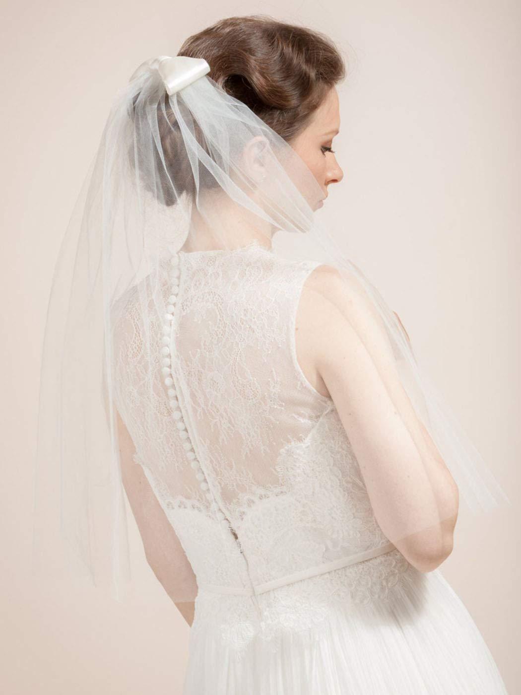 Yokawe Women's Bridal Wedding Veil 2 Tier Bow Bride Veils with Comb White Wedding Headpiece (White)