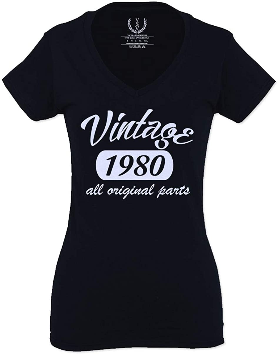 Cool Funny 40th Birthday Gift Vintage Since 1980 Years Old for Women V Neck Fitted T Shirt