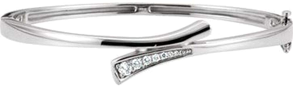 14k White Gold 1/4 CTW Diamond Bangle Bracelet