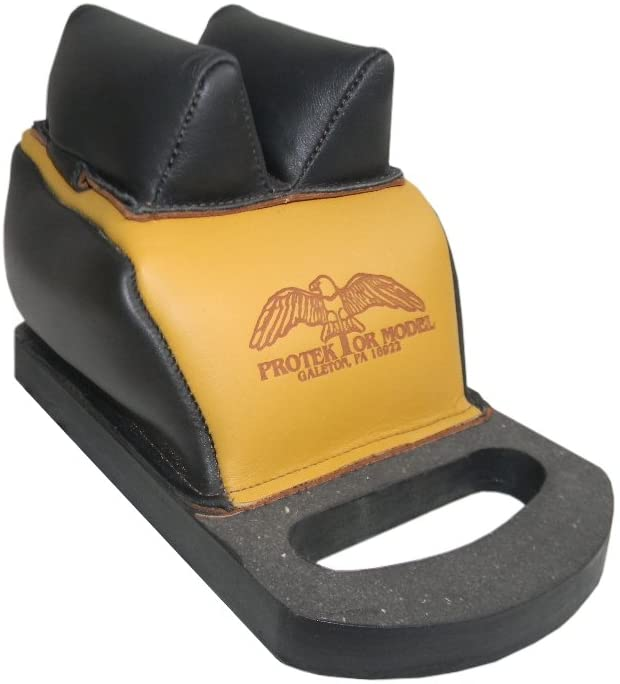 Protektor Model Deluxe B.B. Rear Bag with Handle and Mid. Leather Ear D.S. Between Ears, 3/8-Inch