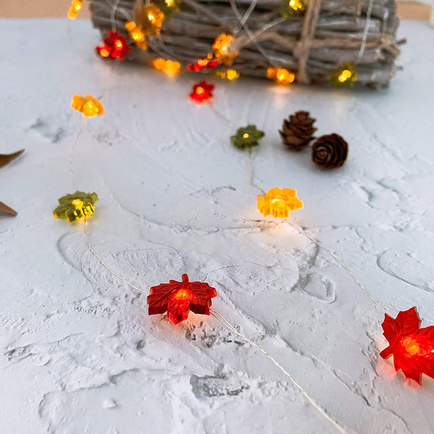 TAMOYO Maple Leaf String Lights, Thanksgiving Decoration Lights 10 FT 40 LED Battery Operated String Lights for Halloween, Autumn Theme Party, Thanksgiving Harvest Décor