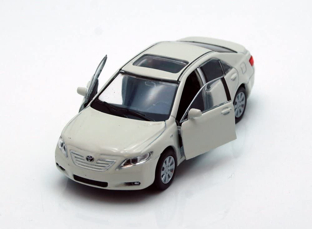 Toyota Camry, White - Welly 42391 - 4.5