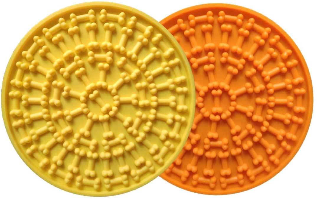 2pcs Zengmei Dog Lick Pad, Dog Bathing Distraction Device,Slow Treat Dispensing Mat with Super Suction,Dog Lick Mat Wall Suctions Pet Bathing Grooming Training (Orange+Green)