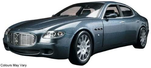 Hot Wheels 1/18 Scale Diecast - B7003 Maserati Quattroporte Metallic Blue