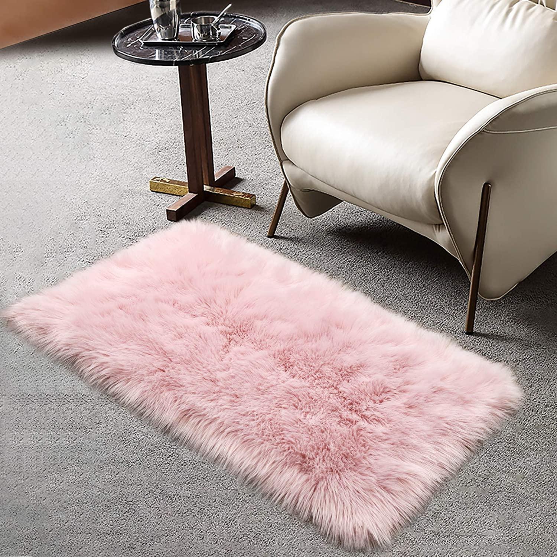 Ruihoo Soft Fluffy Faux Sheepskin Fur Rug, Shaggy Fuzzy Small Area Throw Rugs for Bedroom Kids Playroom Nursery Decor, Washable No Shedding Furry Living Room Carpet (Pink, 2x3 Feet)
