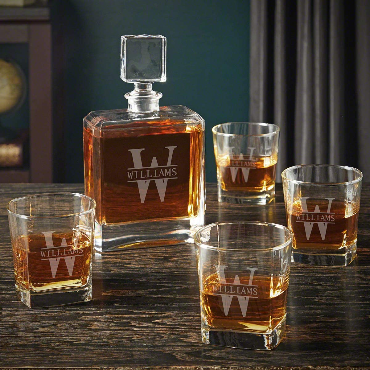 Oakmont Engraved Cromwell Whiskey Decanter Set (Personalized Product)