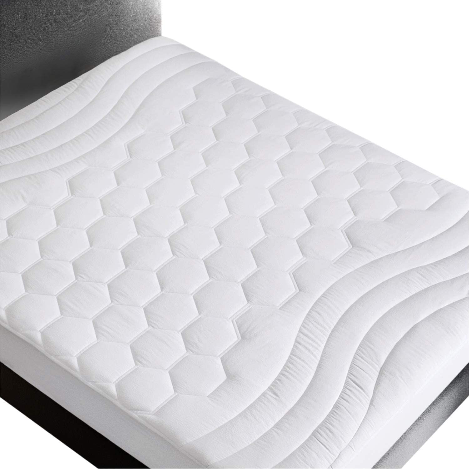 Bedsure Mattress Pad King Size(78x80 inches)- Breathable - Ultra Soft Quilted Mattress Pad Protector Deep Pocket(up to 18'' deep), Fitted Sheet Mattress Cover-White