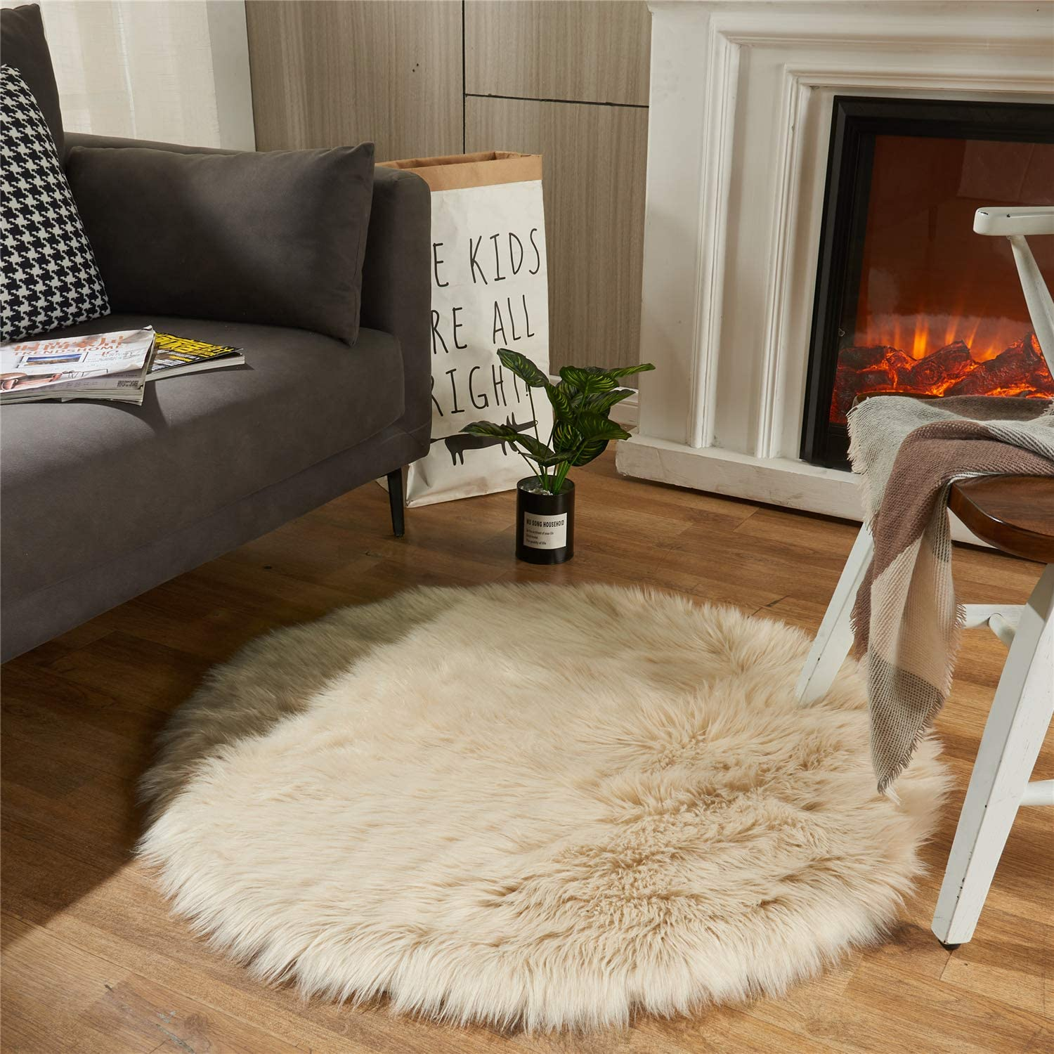 EasyJoy Ultra Soft Fluffy Rugs Faux Fur Rug Chair Cover Seat Pad Fuzzy Area Rug for Bedroom Floor Sofa Living Room (3 x 3 ft Round, Beige)