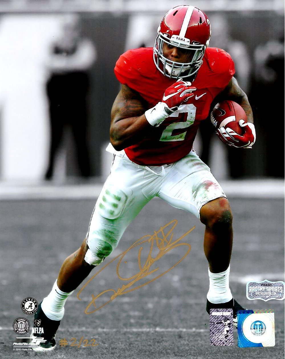 Derrick Henry Autographed/Signed Alabama Crimson Tide Spotlight 8x10 Photo - Red Jersey - Limited Edition 2 Of 22