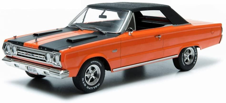 Greenlight Plymouth Belvedere GTX Convertible from Joe Dirt, Orange w/ Black Stripes 19006 - 1/18 Scale Diecast Model Toy Car