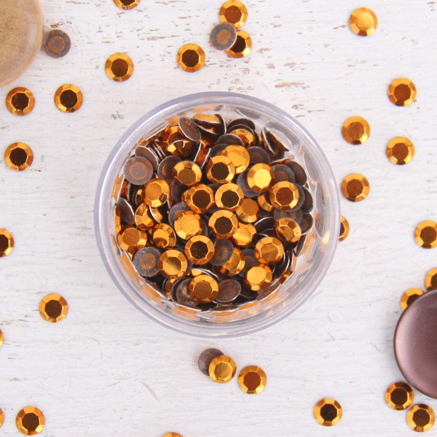 Hot Fix Rhinestuds Hot Fix Metallic Rhinestones 4mm Golden - 16SS - 4 gross Package - 576 Rhinestuds