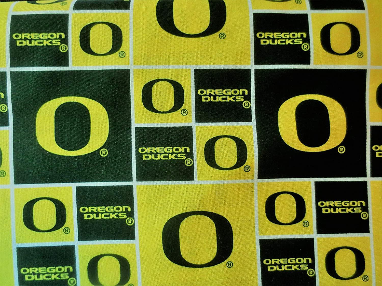 Cotton University of Oregon Ducks College Team Sports Cotton Fabric Print By the Yard