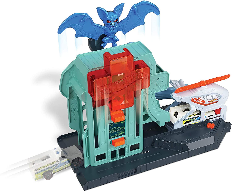 Creature Attack Playsets, Bat Hospital