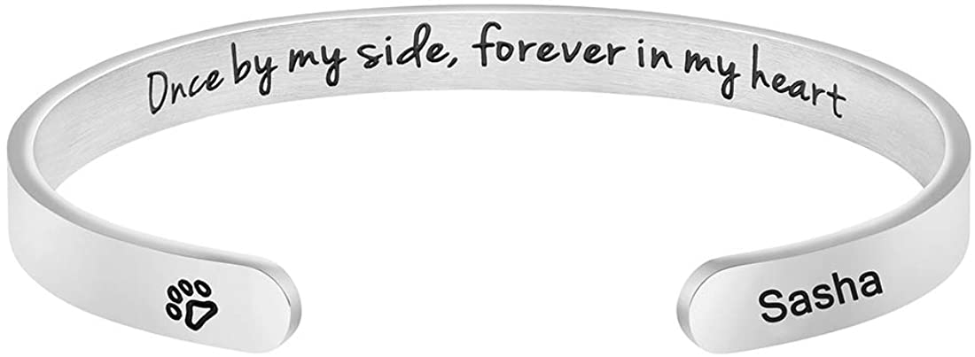 MEMGIFT Dog Memorial Cuff Bracelet Remembrance Loss of Pet Jewelry Sympathy Gift Engraved Pets Name