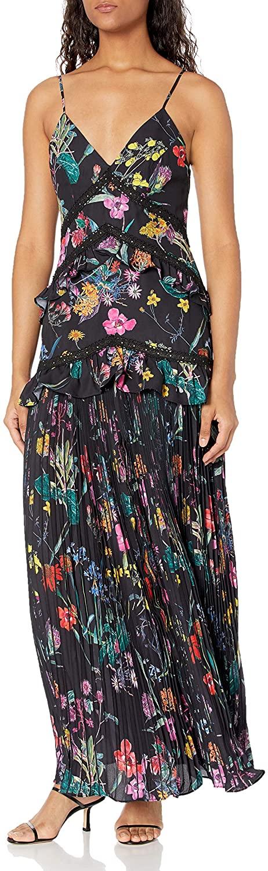 Elliatt Women's Apparel Women's Paradox V-Neck Pleated Maxi Dress