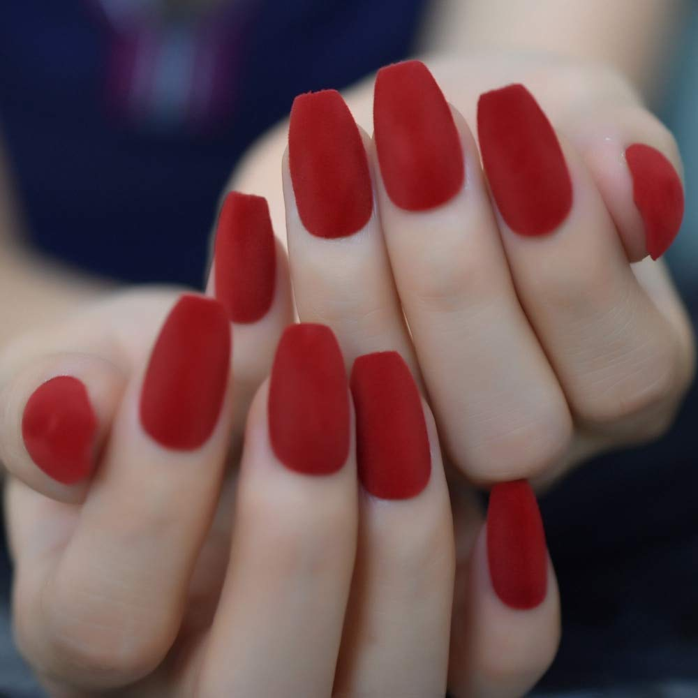 Warm Velvet Faux Ongles Classical China Red Festival Sexy False Nails Medium Size Coffin Shape Ladies Fingernails with Adhesive
