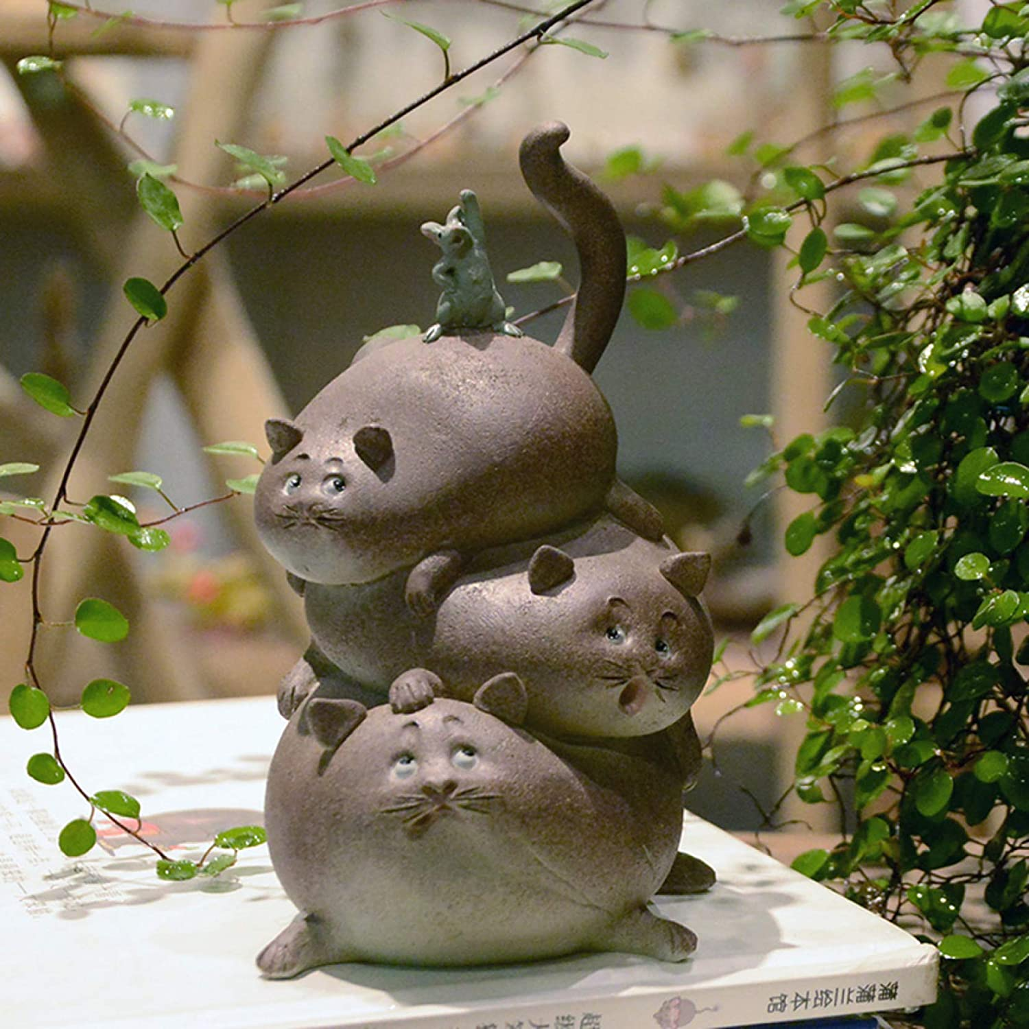 KKONION Cute Cat Figurine Home Decor Resin Animal Statues Desktop Ornament Lovely Cat Crafts Collectible Figurines Gifts